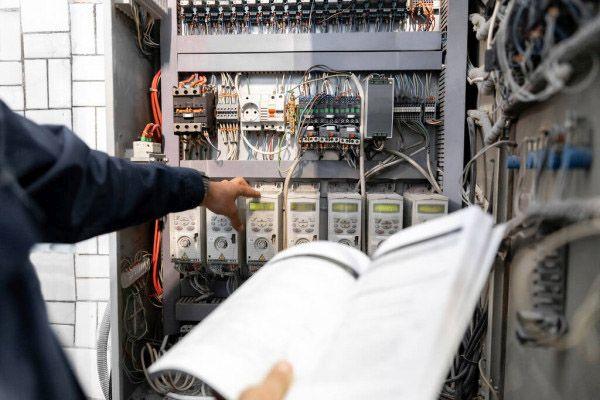 nadzor-elektryczny-biegly-elektryk-poznan-1